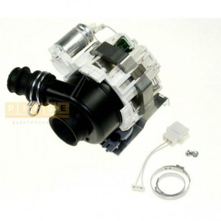 Pompa recirculare pentru masina de splat vase WHIRLPOOL/INDESIT C00313081 POMPA DE RECIRCULARE SKIT SMART PERM 230-240V